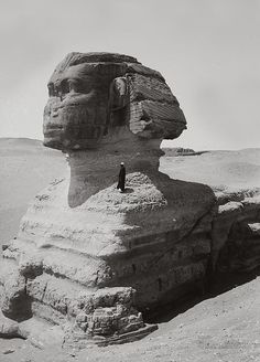 Profile view of Sphinx. Giza, Egypt. 1900-1920.