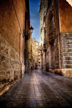 beautiful architecture spain | Valencia, Spain, is a beautiful mix of old and very modern buildings ...