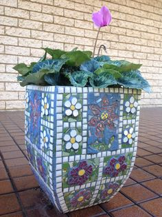 4159 best images about Mosaic pots,vases,planters,urns on . Mosaic Planters, Mosaic Vase, Mosaic Tile Art, Mosaic Flower Pots, Mosaic Crafts, Mosaic Projects, Mosaic Bottles, Mosaic Designs, Garden Container