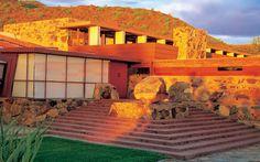 Taliesin West (Designed by Frank Lloyd Wright) - Scottsdale, Arizona Organic Architecture, Amazing Architecture, Architecture Design, Architecture Colleges, Historic Architecture, Futuristic Architecture, Frank Lloyd Wright Buildings, Frank Lloyd Wright Homes, Wisconsin