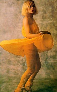 Debbie Harry, Spinning Is So Fun, T.