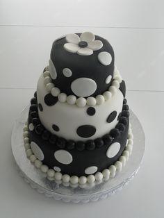 birthday cake black and white | Black and White Birthday Cake — Black/White