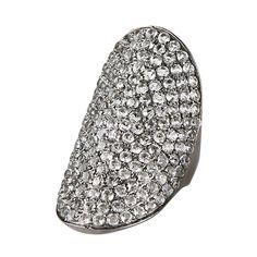 Stor funklende og flashy ring i sort sterling sølv prydet med en masse hvid topas ædelstene. 4499 kr.