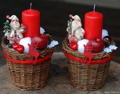 Картинки по запросу vanocni aranzma Christmas Baskets, Christmas Mom, Christmas Wreaths, Xmas, New Year's Crafts, Diy Crafts For Gifts, Holiday Crafts, Christmas Centerpieces, Christmas Decorations