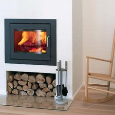 Decorate Your Home With Fake Fireplace Ideas: Best Wood Burning Fireplace Inserts Inset Fireplace, Wood Burner Fireplace, Wood Burning Fireplace Inserts, Fake Fireplace, Modern Fireplace, Fireplace Design, Fireplace Ideas, Contemporary Fireplaces, Fireplace Facade
