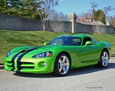 """ Dodge Viper- The need for speed in many colors. Viper Car, Dodge Viper, Modern Muscle Cars, American Muscle Cars, Automobile, Super Sport Cars, Futuristic Cars, Us Cars, Dodge Charger"