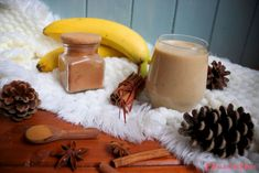 """Banánový pudink/punč: """"Vánoce jsou pryč ale zima ještě pokračuje."""" Glass Of Milk, Panna Cotta, Punk, Drinks, Ethnic Recipes, Food, Drinking, Dulce De Leche, Beverages"""