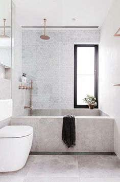 concrete bathtub and tile backsplash in modern sydney bathroom via inside out magazine. / sfgirlbybay concrete bathtub and tile backsplash in modern sydney bathroom via inside out magazine. Bad Inspiration, Bathroom Inspiration, Interior Design Inspiration, Design Ideas, Design Trends, Design Concepts, Concrete Bathtub, Bathtub Tile, Stone Bathtub