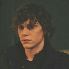 Evan Peters • American Horror Story. Tate Hair but Kit Color?