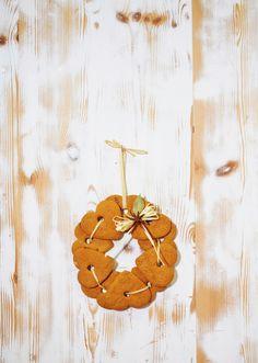 Piparikranssi | Joulu | Pirkka #joulu #christmas #food  Cinnamon/gingerbread hearts?
