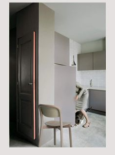 OOOOH, a black door with a pink rimming.    desire to inspire - desiretoinspire.net - Mirella Sahetapy