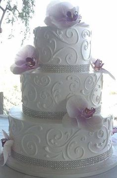 Diamond and plum wedding cake