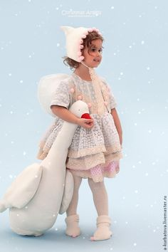 Image uploaded by Claire on We Heart It Baby Girl Fashion, Kids Fashion, Creative Costumes, Beautiful Costumes, Baby Princess, Winter Kids, Baby Costumes, Beautiful Children, Children Photography
