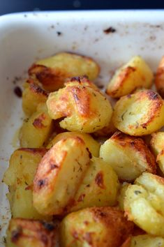 Roasted potatoes are the perfect accompaniment to their roast beef, cru . - Starters and rice dishes - potato al horno asadas fritas recetas diet diet plan diet recipes recipes