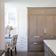 Wirebrushed Oak SZ panels overset with adjacent white inset cabinetry designed by Veronica Campbell at Deane Inc. Refacing Kitchen Cabinets, Oak Cabinets, White Cabinets, Kitchen Countertops, Laminate Cabinets, Corner Cabinets, Concrete Kitchen, Kitchen Wood, Kitchen Cabinetry