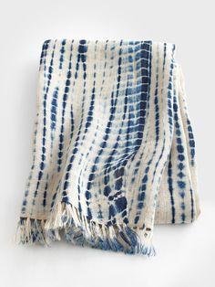 Indigo Tie-Dye Scarf by Aboubakar Fofana what a great handmade present! Fabric Dyeing Techniques, Tie Dye Techniques, Shibori Fabric, Shibori Tie Dye, Bleu Indigo, Indigo Dye, Mood Indigo, Fashion Accessories, Women Accessories