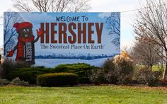I am going on vacation! I am really sorry FALDC'S I won't be back until Monday. Please get me to 800 by the time I get back!!! xoxo - Ant I Am Really Sorry, Hershey Chocolate, Places Ive Been, Hershey Pennsylvania, Summertime, Surfing, Places To Visit, Earth, Vacation