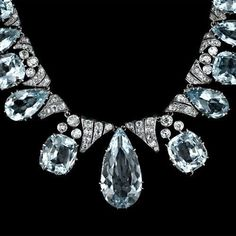 Aquamarine & diamond necklace....