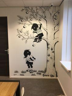 Creative Wall Painting, Creative Walls, Colorful Interiors, Abstract Art, Flooring, Nova, Colour, Home Decor, Shoes