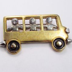 Vintage 1970's rhinestone children in a school bus by jewelry715, $12.00