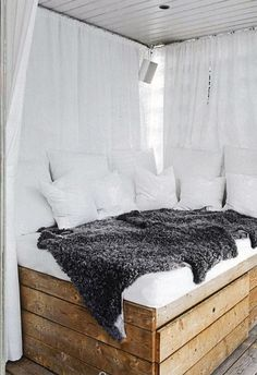Ide til materialer eller til indretning i udestuen (måske med seng i mindre format)