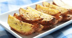Homemade Crispy Air Fryer Potato Wedges Recipe - Quick, easy, inexpensive, & a healthier alternative to the store bought or deep fried potatoes wedges. Homemade Potato Wedges, Seasoned Potato Wedges, Potato Wedges Recipe, Deep Fried Potatoes, Frozen Potatoes, How To Make Potatoes, Air Fryer Oven Recipes, Cilantro Dressing, Quick Meals
