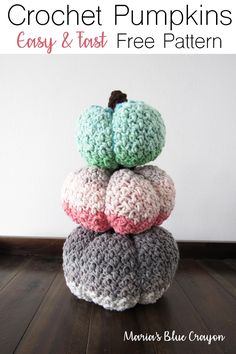 DIY Fall Decor Crochet Pumpkins - This free pattern is quick and easy to make with Yarn Bee Lil Dollop yarn! Crochet Fall, Chunky Crochet, Easy Crochet, Free Crochet, Crochet Mittens, Crochet Poncho, Crochet Christmas, Crochet Slippers, Crochet Beanie