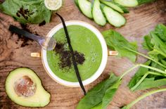 Avocadoyoghurt med hampeprotein Smoothies, Avocado, Ethnic Recipes, Food, Smoothie, Lawyer, Essen, Meals, Yemek