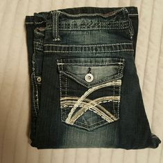 Rue 21 jeans Size 3/4 long used but great condition just too big on me. Rue 21 Jeans Boot Cut