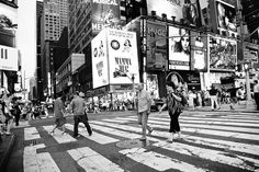 sharp image people crossing the street in New York City