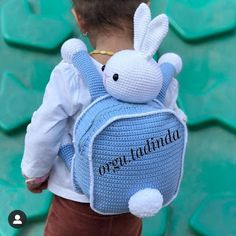I wanted to see my bag from behind . T Bag, Natural Baby, Handmade Home, Free Crochet, Good Morning, Crocs, Diy And Crafts, Dinosaur Stuffed Animal, Things I Want