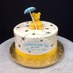 Classic Winnie inspired cake