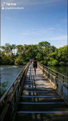 📍 Cataratas do Iguaçu - Brasil e Argentina. Travel Photographer, Iguazu Falls, City, Brazil, Adventure, Traveling, Places, Argentina