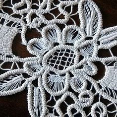 Vintage Romanian point lace Retro oval doily Table top by MyWealth