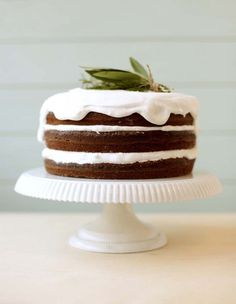 knead to make via Design*Sponge   freshly embellished layer cake