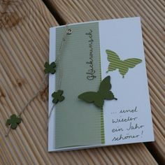 Glückwunschkarte SU Farben flüsterweiss, farngrün und waldmoos mit Schmetterlingen und IttyBitty Blüte