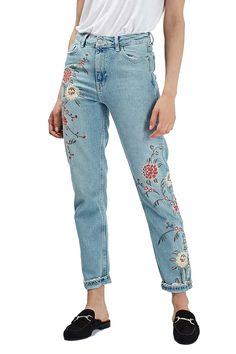 49.76$  Watch now - http://aliqet.worldwells.pw/go.php?t=32748982819 -  Women Embroidery Floral Denim Casual Middle Waist Vintage Jeans Double Pockets 2016 Autumn New Fashion 49.76$