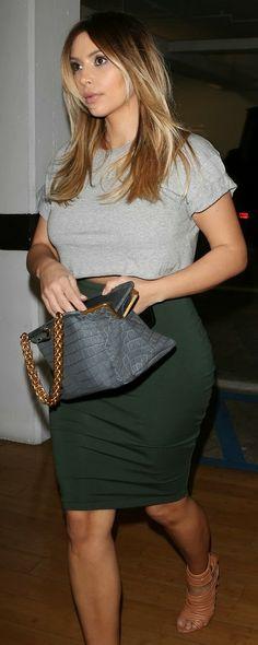 2013-11-13 Kim Kardashian wearing Topshop Top, Kardashian Kollection 'Sample' Skirt, Gianvito Rossi Shoes and Bottega Veneta Bag at Epione Cosmetic Laser Center.