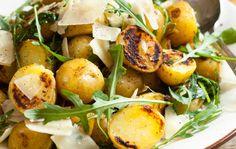 Grillattu perunasalaatti Vegetable Recipes, Potato Salad, Salad Recipes, Salads, Food And Drink, Appetizers, Potatoes, Snacks, Vegetables