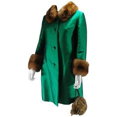 Preowned Christian Dior Vintage Coat Piéce Unique Size 10 - 12 Us,... (2,255 CAD) ❤ liked on Polyvore featuring outerwear, coats, blue, leather-sleeve coats, green coat, christian dior coat, christian dior and vintage coats