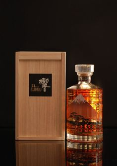 Hibiki 21 year old Mount Fuji Product Description Distilery: Hibiki Age: 21 Years Country: Japan Alcohol: Volume: Note: Mount Fuji Limited Special Edition 96 Punkte in Jim Murray s 2014 Whisky Bible limited, 2000 bottles Empty Bottles, Liquor Bottles, Bottles And Jars, Perfume Bottles, Cigars And Whiskey, Scotch Whiskey, Whisky Tango, Whiskey Quotes, Japanese Whisky