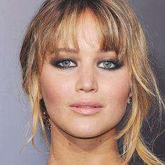 Gorgeous hooded eyelid makeup