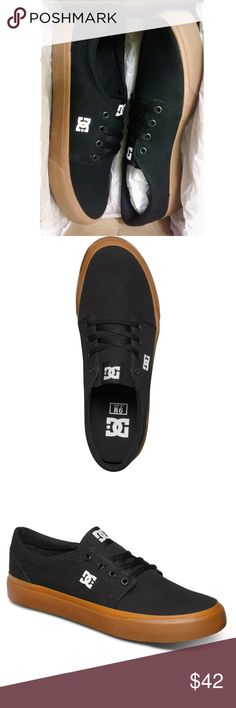 DC shoes - men size 10 - black gum - new in box 404c3e1201e8c