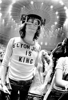 Elton John: Prisoner in New York - Cuepoint - Medium Popular Photography, Video Photography, Amazing Photography, Vintage Photography, Canon 700d, Penguin Classics, Local Photographers, Rolling Stones, Rock Music