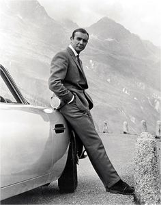Sean Connery (Goldfinger - 1964)