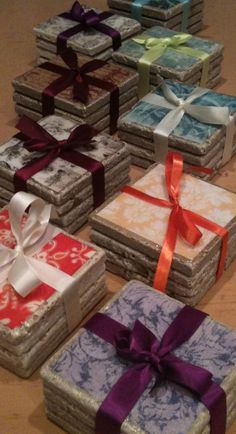 Coconut Love: Impressive & Inexpensive Tile Coasters With Paper And Enviro Tex teacher gifts! Diy Christmas Gifts, Holiday Crafts, Christmas Baskets, Christmas Ideas, Inexpensive Christmas Gifts, Christmas Decoupage, Christmas Coasters, Handmade Christmas, Christmas Tree