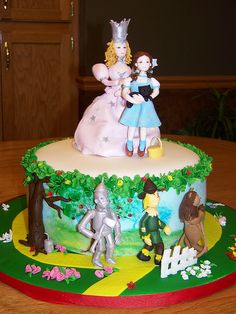 The Wizard of Oz Cake. I want this for my birthday cake next year! Pretty Cakes, Beautiful Cakes, Amazing Cakes, Beautiful Boys, Fondant, Cupcake Cookies, Cupcakes, Character Cakes, Just Cakes