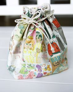 Small lined drawstring fabric gift bag pattern diy tutorial in pattern diy tutorial in pictures solutioingenieria Choice Image