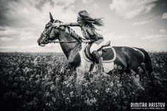 Horse riding in meadow – Girl portrait Photography by Dimitar Hristov - 54ka