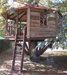 Simple Tree House Plans For Kids lots and lots of tree house ideas | backyard dreamin